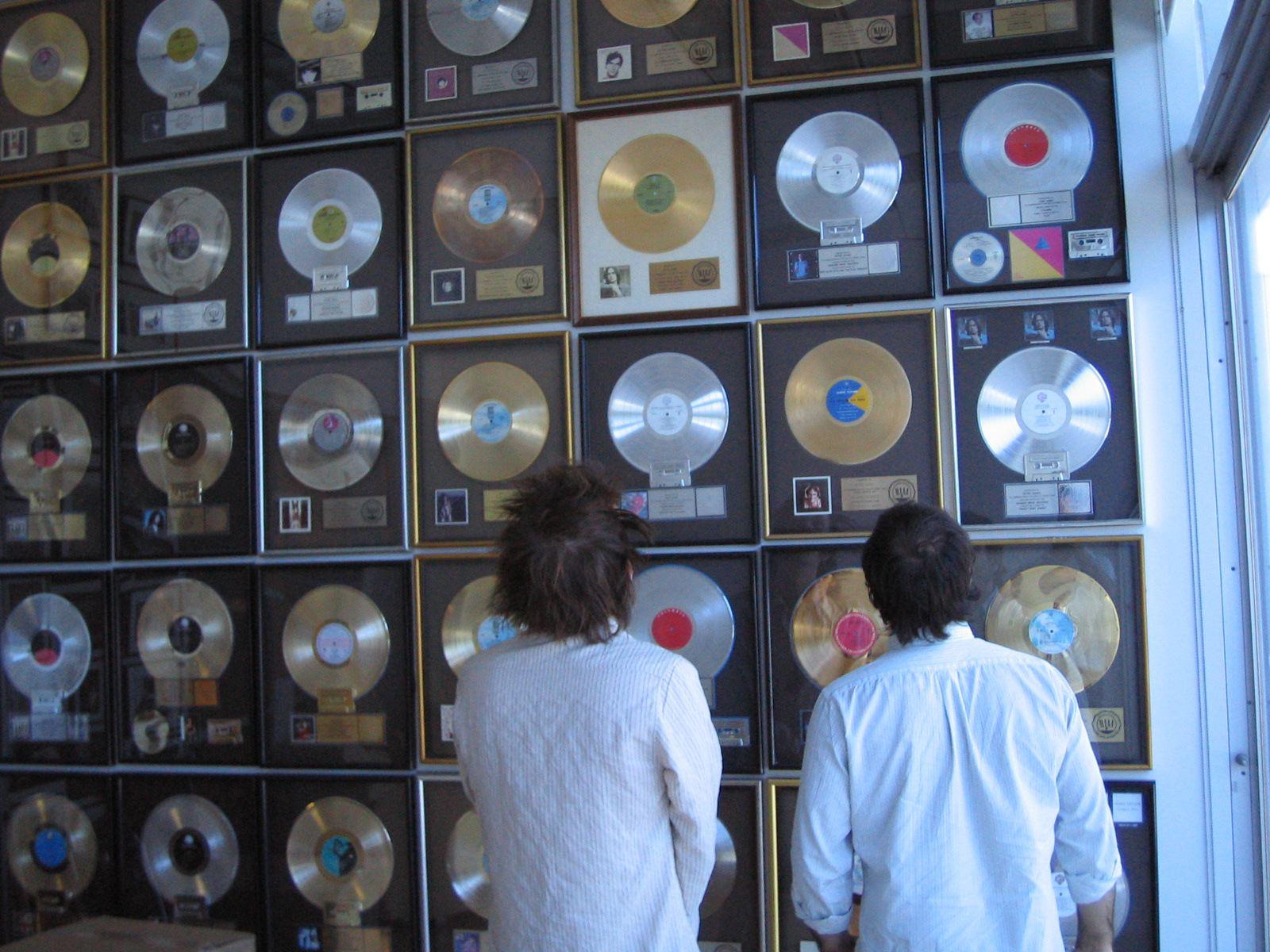 Discos de platina e os sem-gravadora